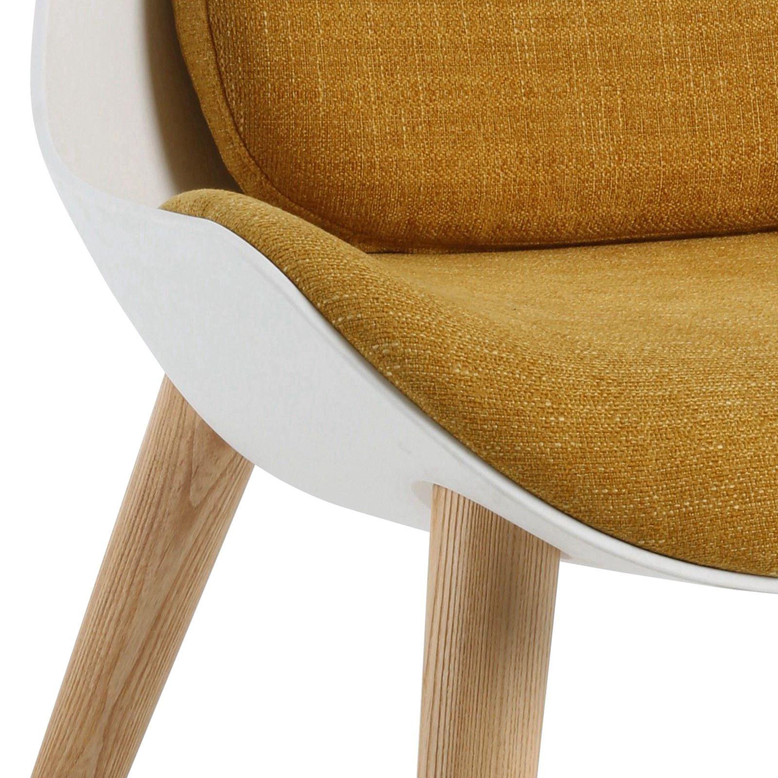 KEMEN   Sillón de madera de fresno natural y policarbonato. Incluye cojinería (71 x 73 x 90 cm)